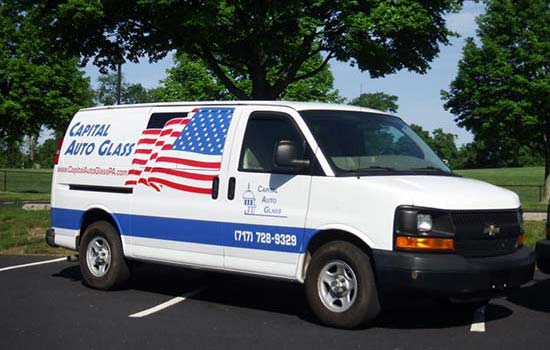 Mobile auto glass replacement van